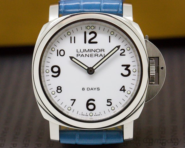 Panerai PAM00561 Luminor Base SS White Dial 44MM 8 Days