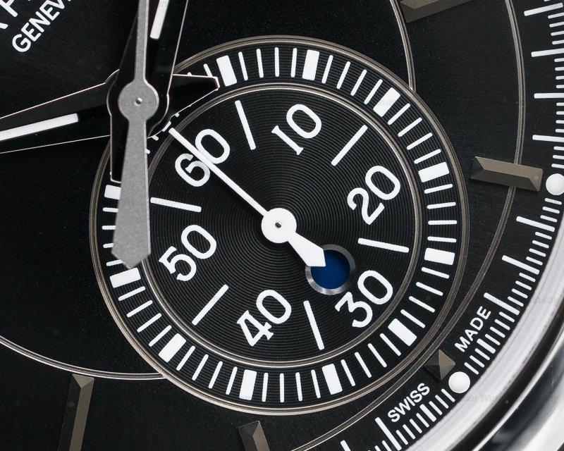 Patek Philippe 5905P-010 Chronograph Annual Calendar Platinum / Black Dial