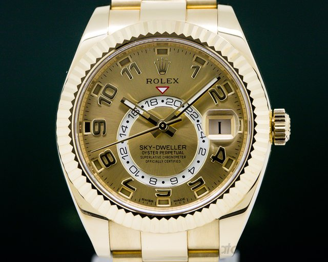 Rolex 326938 Sky Dweller 18K Yellow Gold / Champagne Dial