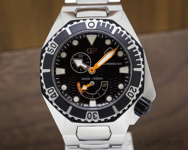 Girard Perregaux 49960-19-631-11A Sea Hawk SS / SS