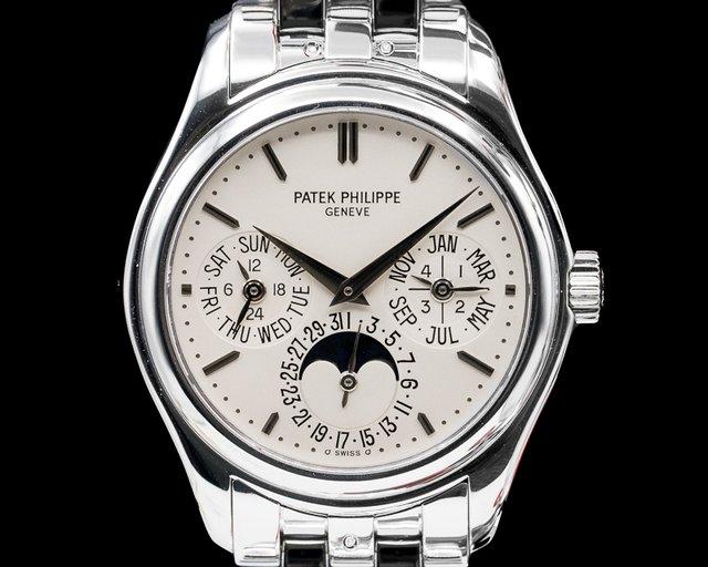 Patek Philippe 5136/1G-001 Perpetual Calendar 18K White Gold Bracelet