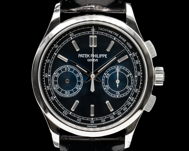 Patek Philippe 5170P-001 Chronograph Platinum Blue Diamond Dial UNWORN
