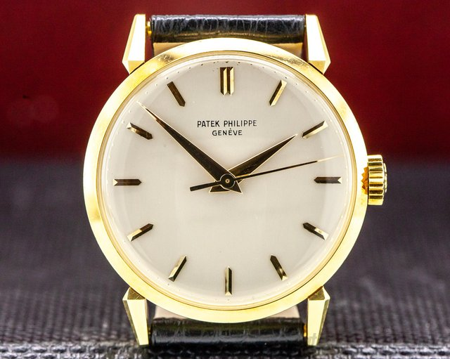Patek Philippe 1578 Calatrava 18K Yellow Gold Manual Wind 35MM VERY SHARP