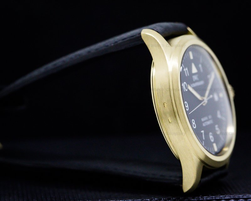IWC 3241 Mark XII 18k Yellow Gold / JLC Caliber