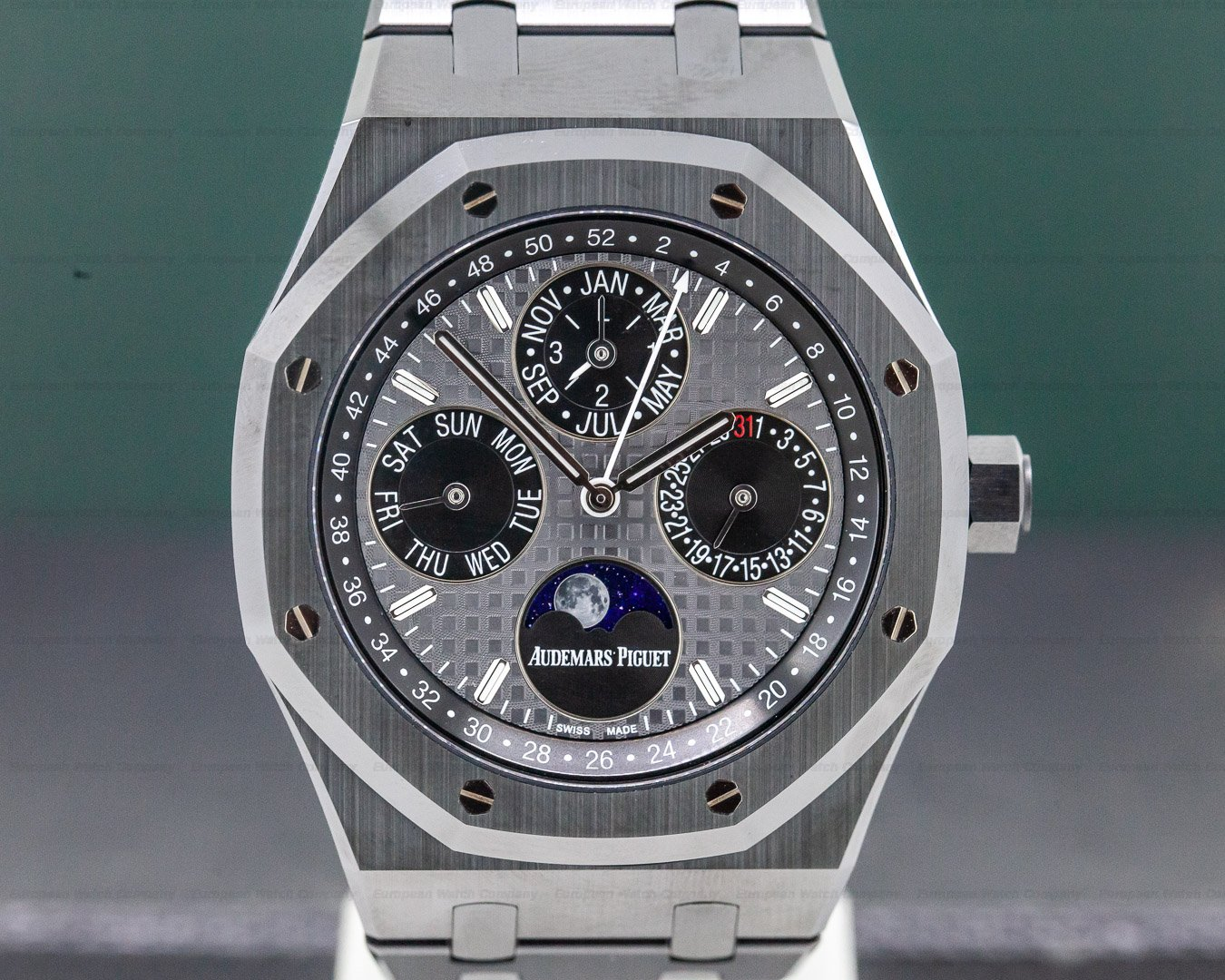 Audemars Piguet 26579CE.OO.1225CE.01 Royal Oak Perpetual Calendar Black Ceramic 41MM UNWORN