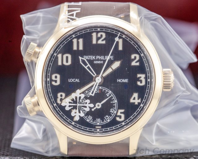 Patek Philippe 7234R-001 Mid-size Calatrava Pilot Travel Time 18k Rose Gold UNWORN