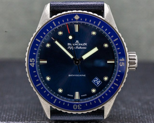 Blancpain 5000-0240-o52a  Fifty Fathoms Bathyscaphe Ceramic Blue UNWORN
