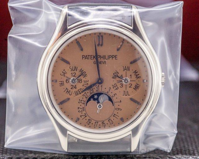 Patek Philippe 3940G-029 Perpetual Calendar SALMON DIAL 18K White Gold SEALED