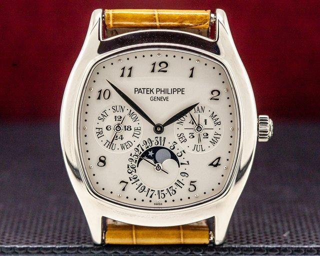 Patek Philippe 5940G-001 Perpetual Calendar 18K White Gold Silver Dial