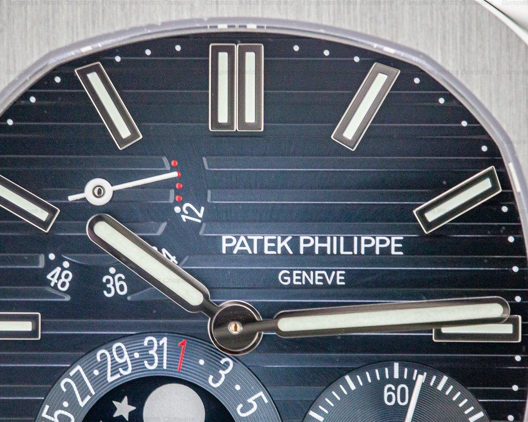 Patek Philippe 5712/1A-001 Jumbo Nautilus Moonphase Power Reserve SS UNPOLISHED
