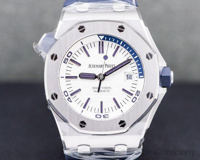 Audemars Piguet 15710ST.OO.A010CA.01 Royal Oak Offshore Diver White Dial UNWORN