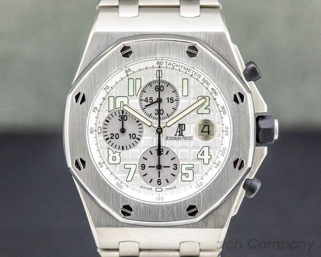 Audemars Piguet 25721TI.OO.1000TI.05 Royal Oak Offshore Silver Dial Titanium / Titanium