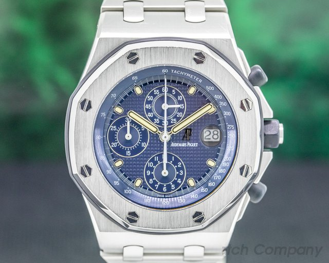 "Audemars Piguet 25721ST.O.1000ST.01 Royal Oak Offshore Chronograph ""THE BEAST"" D Series Blue Dial"