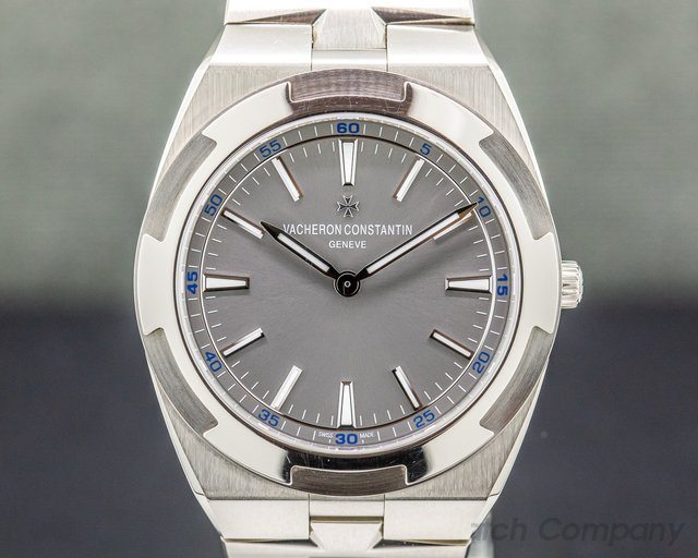 Vacheron Constantin 2000V/120G-B122 Overseas Ultra-Thin 40mm 18K White Gold RARE