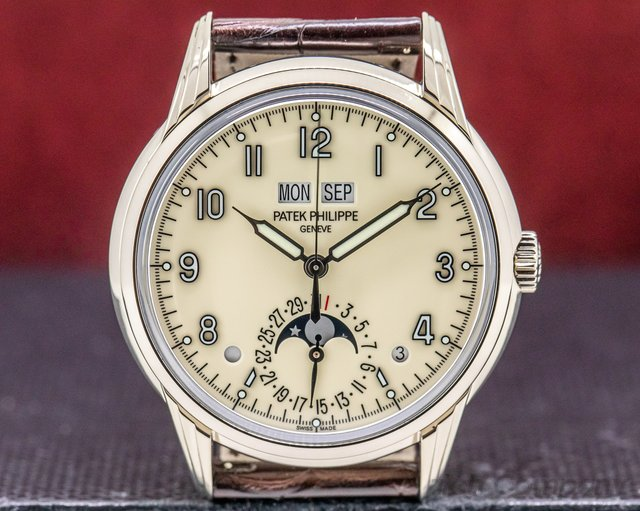 Patek Philippe 5320G-001 Perpetual Calendar Grand Complication 18K White Gold