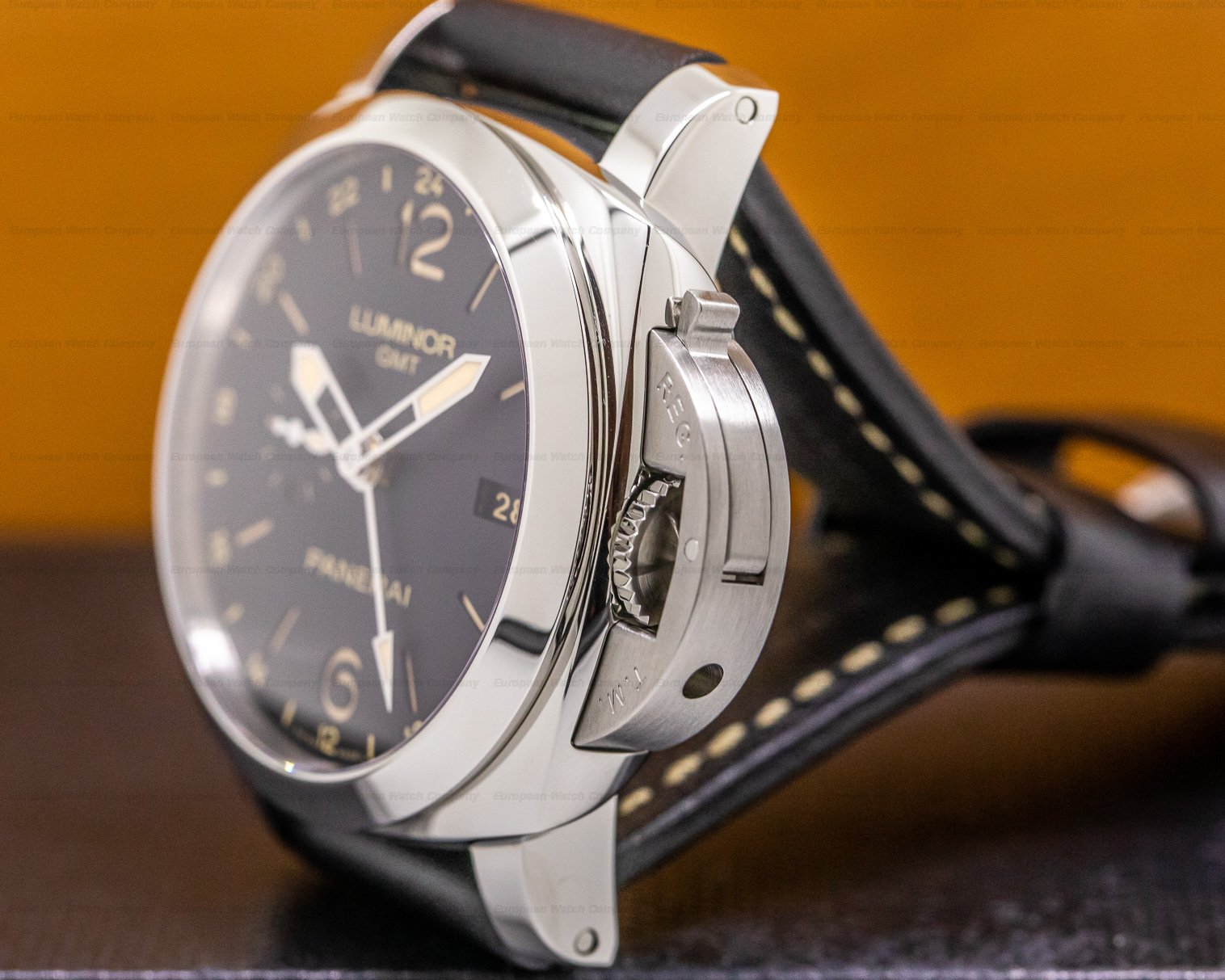 Panerai PAM00531 Luminor 1950 3 Dauys GMT 24H Automatic 44mm