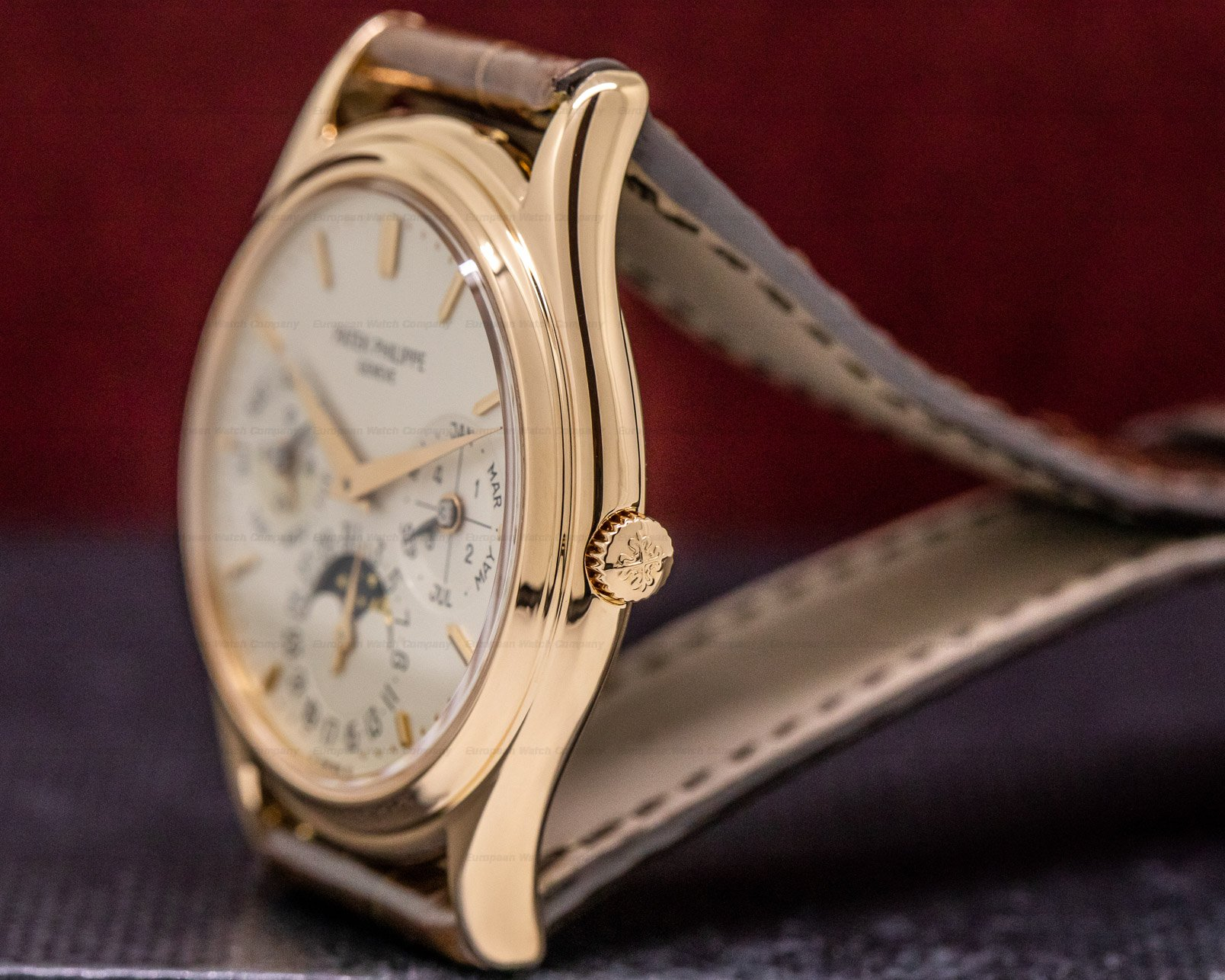 Patek Philippe 3940R Perpetual Calendar Rose Gold Silver Dial / Deployant