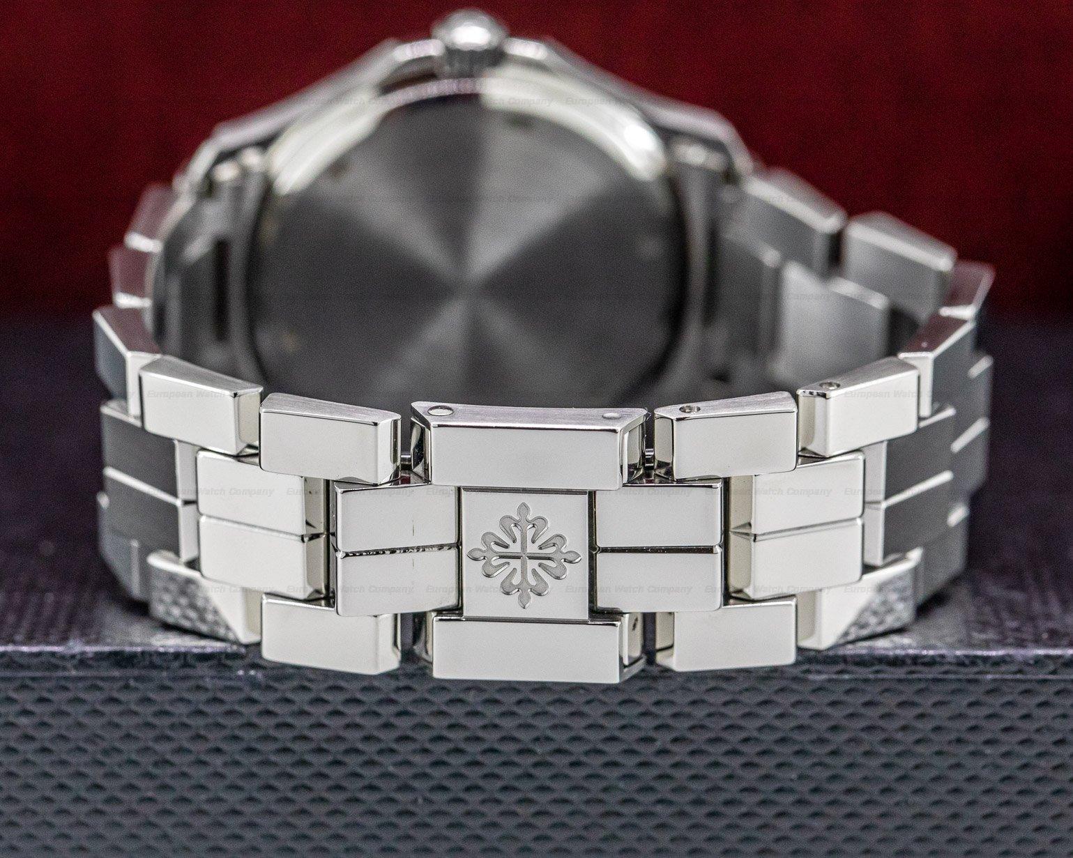 Patek Philippe 5060A-001 Aquanaut Automatic 5060A / Bracelet FULL SET