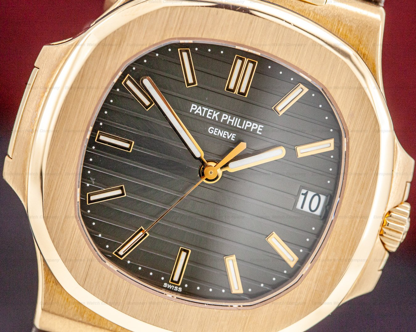 Patek Philippe 5711R-001 Nautilus 18K Rose Gold / Alligator Strap