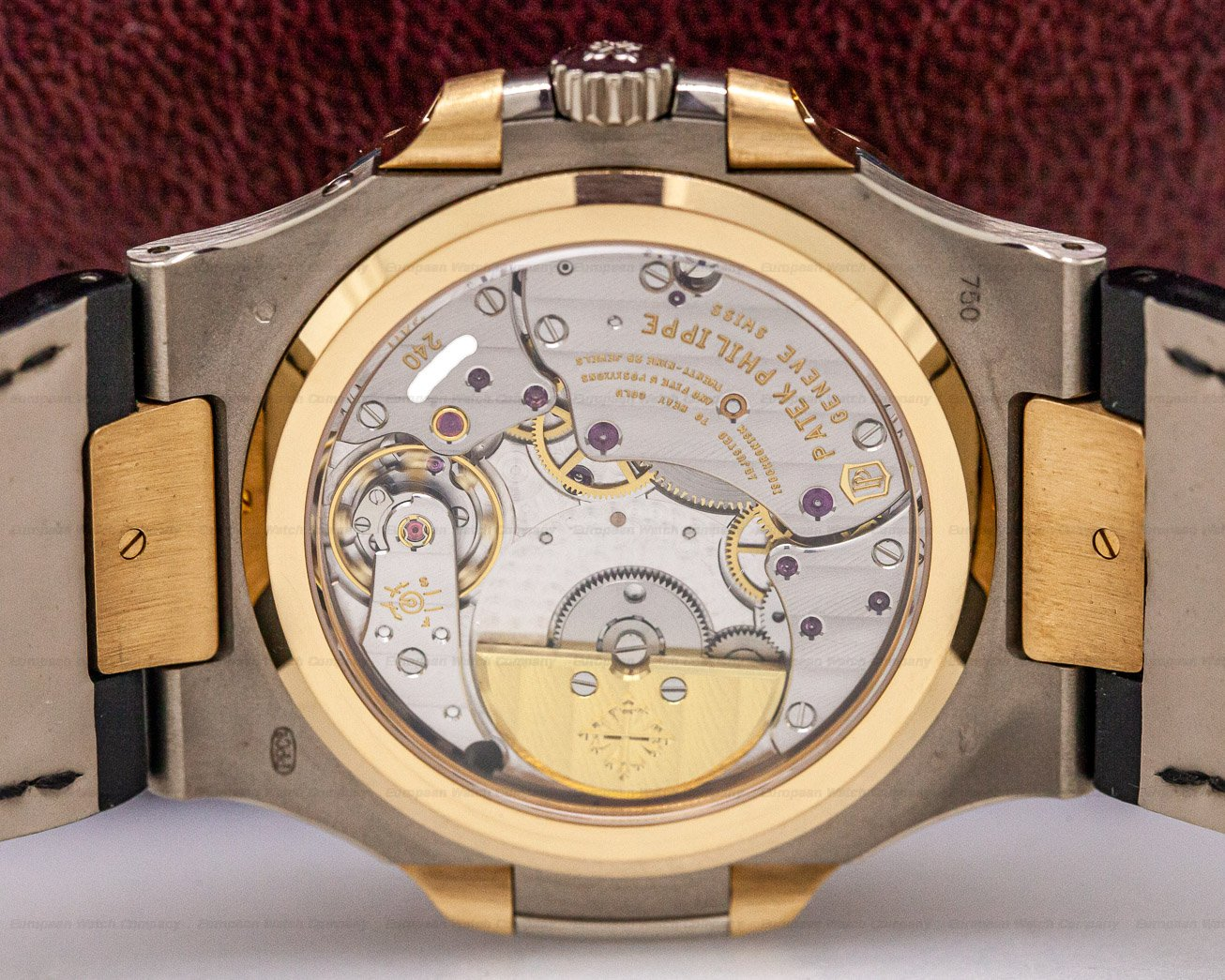 Patek Philippe 5712GR-001 Jumbo Nautilus 18K White / Rose Gold