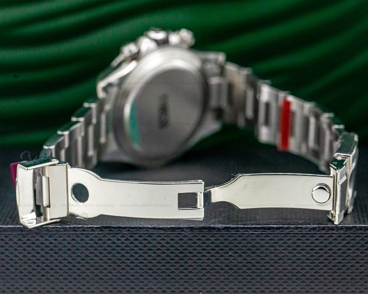 Rolex 116520 Daytona 116520 Black Dial SS NEW OLD STOCK