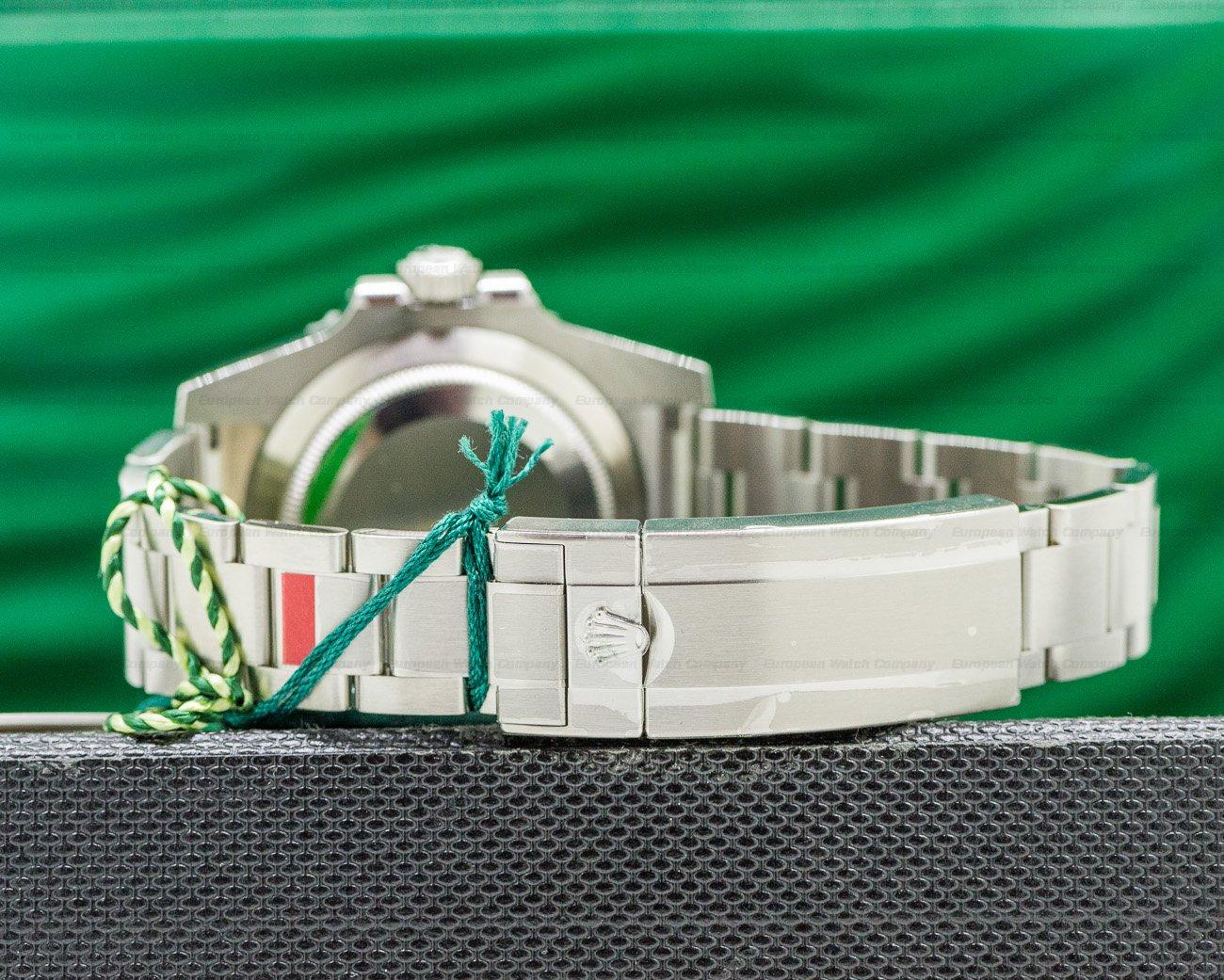 """Rolex 116610LV Submariner Green Ceramic Bezel Green Dial """"Hulk"""" SS UNWORN"""