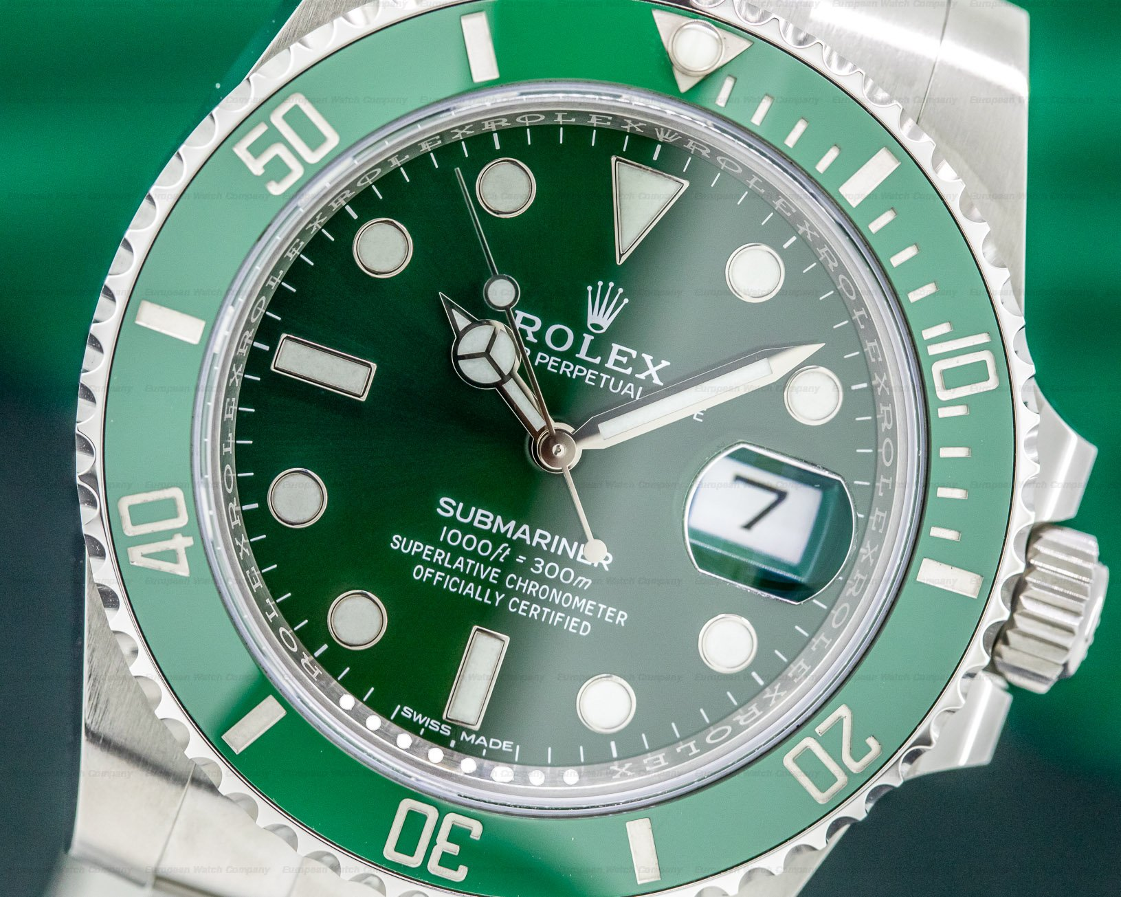 Rolex 116610LV Submariner Green Ceramic Bezel Green Dial SS