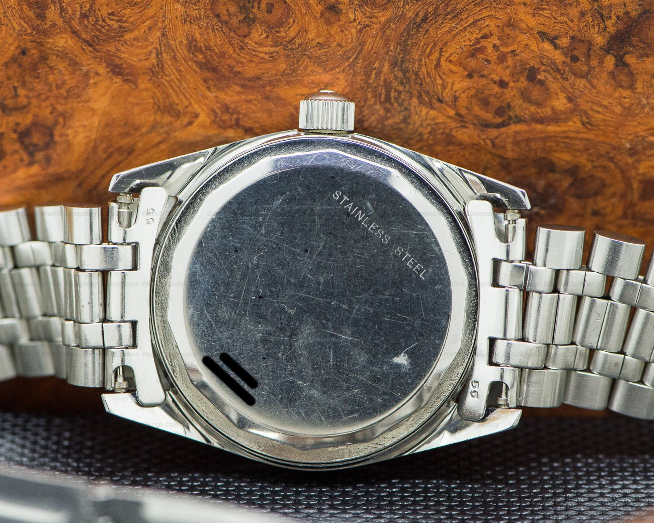 Universal Geneve 869112 Vintage Polerouter Date SS / SS Circa 1960's