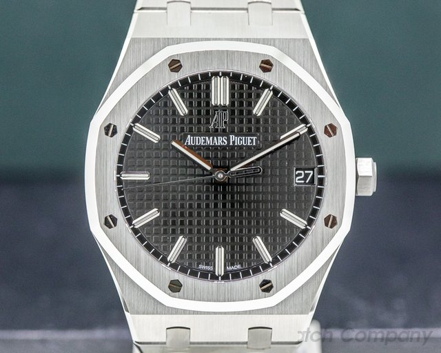 Audemars Piguet 15500ST.OO.1220ST.03 Royal Oak Black Dial 15500ST UNWORN