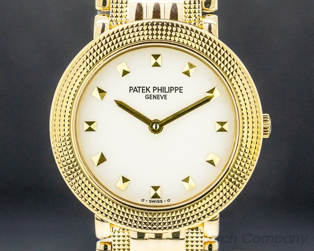 Patek Philippe 4919 Lady Calatrava Quartz 4919 18K Yellow Gold / Bracelet 26MM