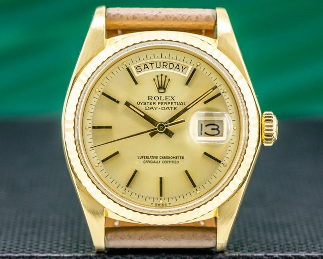 Rolex 1803 Oyster Perpetual Day Date 18K Yellow Gold 1976