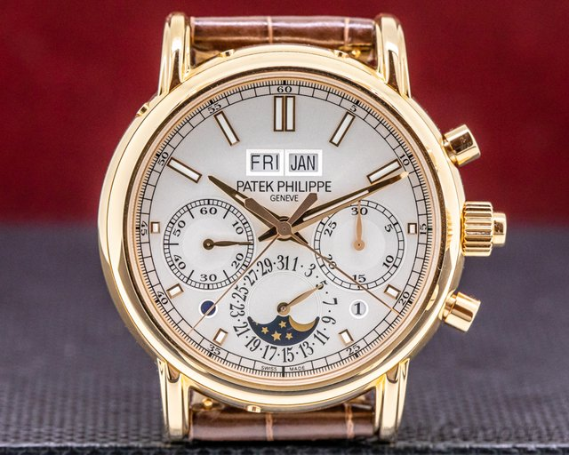 Patek Philippe 5204R-001 Split Second Perpetual Calendar Chronograph Rose Gold UNWORN