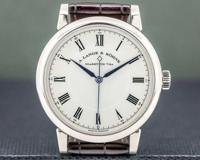 A. Lange and Sohne 232.026 Richard Lange 18K White Gold Boutique Special Edition