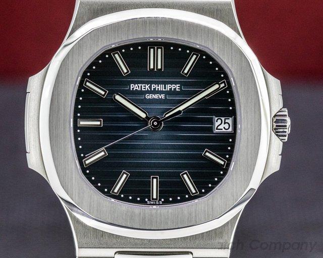 Patek Philippe 5711/1A-001 Jumbo Nautilus Blue Dial SS ORIGINAL OWNER