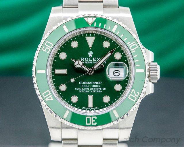 Rolex 116610LV Submariner HULK Green Ceramic Bezel Green Dial SS