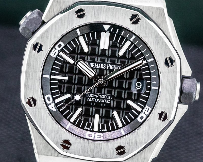 Audemars Piguet 15710ST.00.A002CA.01 Royal Oak Offshore Diver Black / Rubber