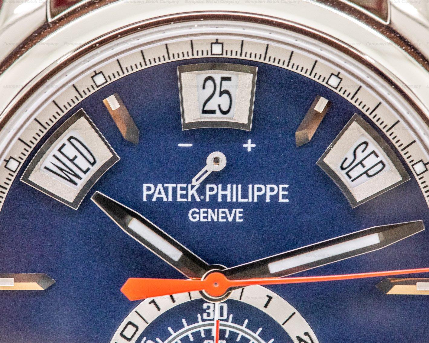 Patek Philippe 5960/01G-001 Annual Calendar Chronograph White Gold Blue Dial UNWORN