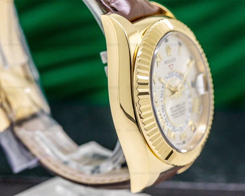 Rolex 326138 Sky Dweller Silver Dial 18k Yellow Gold / Alligator