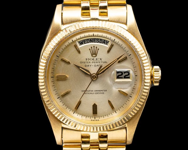 Rolex 6611 B Oyster Perpetual Day-Date 6611 18K Yellow Gold / Silver Dial c. 1959