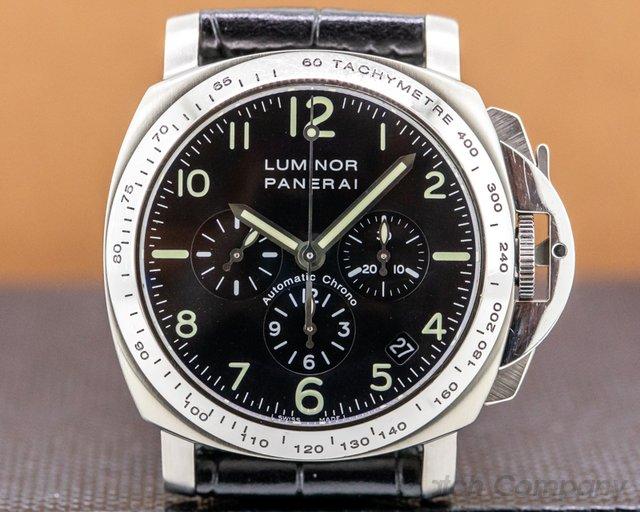Panerai PAM00072 Luminor Chronograph 40MM Titanium
