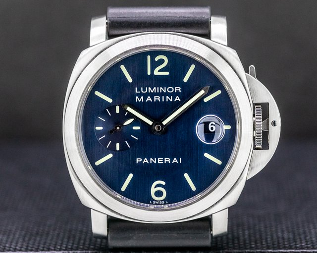 Panerai PAM070 Luminor Marina Blue Dial 40MM D Series (2002)