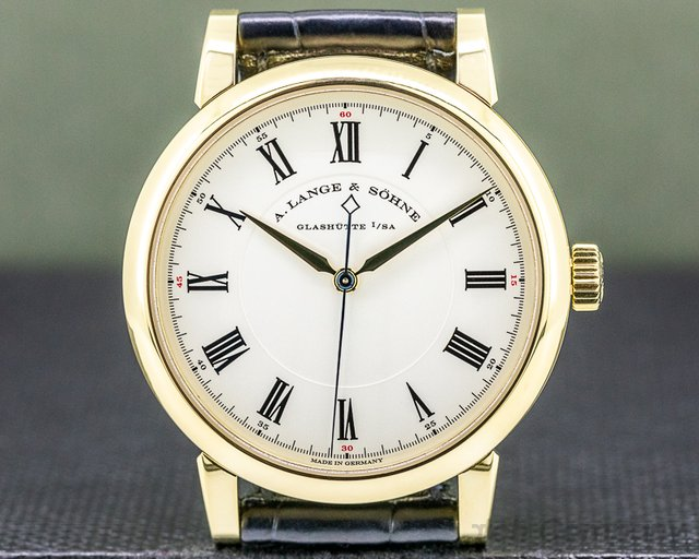 A. Lange and Sohne 232.021 Richard Lange 232.021 18K Yellow Gold