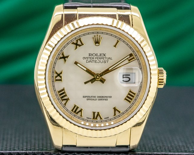 Rolex 116138 Datejust Yellow Gold / Alligator White Roman Dial