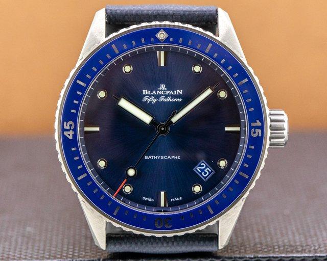 Blancpain 5000-0240-o52a  Fifty Fathoms Bathyscaphe Ceramic Blue Dial