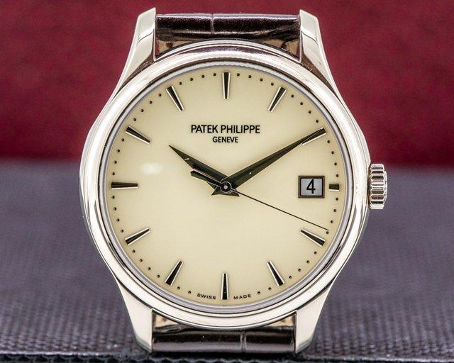 Patek Philippe 5227G Calatrava 5227G Automatic 18K White Gold