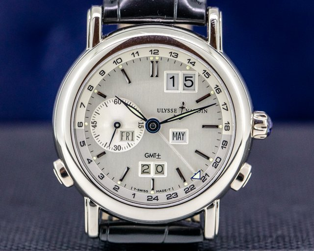 Ulysse Nardin 320-22/31 GMT Perpetual Calendar 18K White Gold 38MM