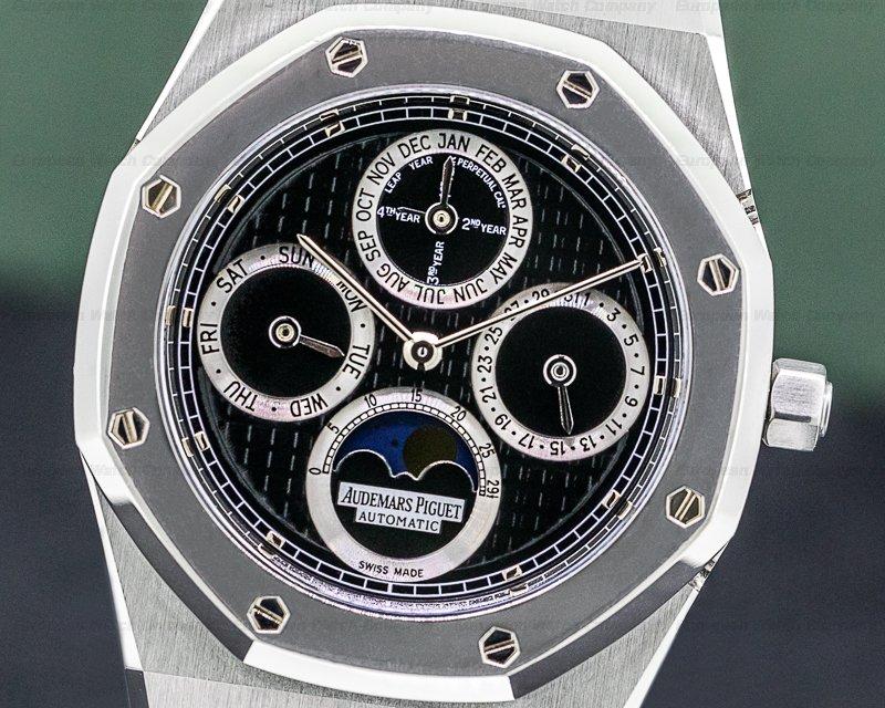 Audemars Piguet 25820SP.OO.0944ST.03 Royal Oak Perpetual Calendar Black Dial SS / Platinum FULL SET
