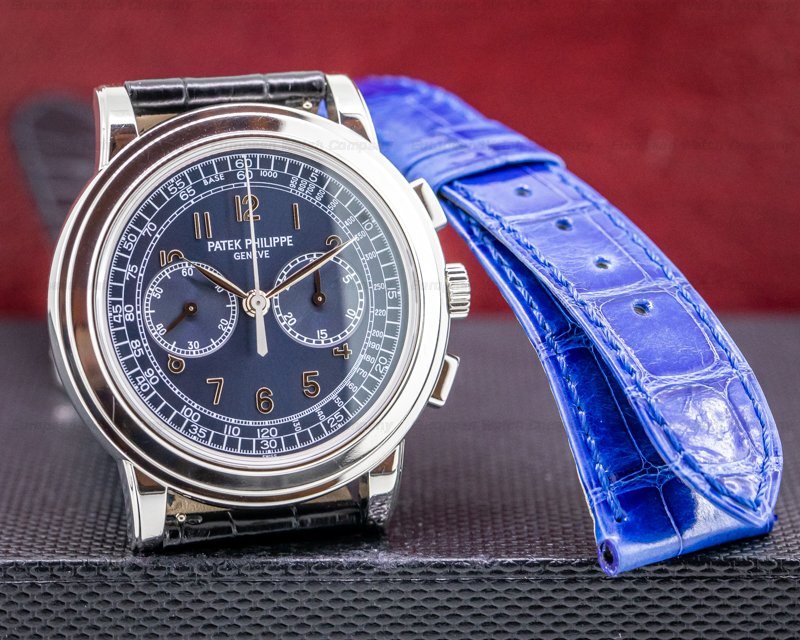 Patek Philippe 5070P 5070 Platinum Blue Dial Chronograph UNPOLISHED FULL SET