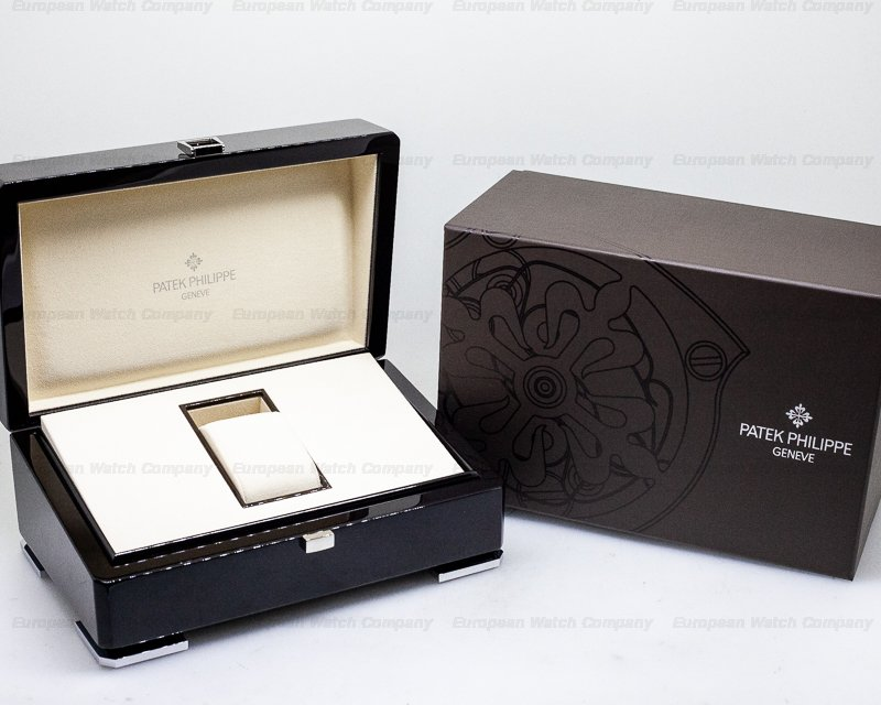 Patek Philippe 5227G-010 Calatrava 5227G Automatic 18K White Gold Black Dial