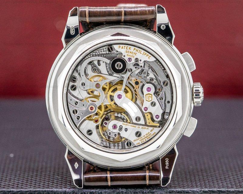 Patek Philippe 5270P-001 5270P Perpetual Calendar Chronograph Platinum Salmon Dial